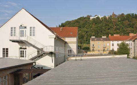 LENDLOFT Sonnendeck mit Schlossberg
